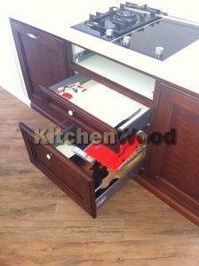 H 008 224x300 - Галерея кухонь из массива