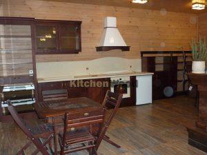 P1030739 300x225 - Галерея кухонь из массива