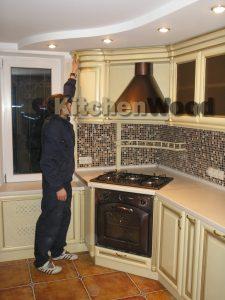 P1200441 225x300 - Галерея кухонь из массива