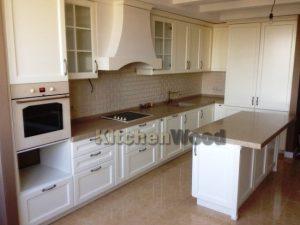 2 300x225 - Галерея кухонь из массива