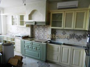 234 300x225 - Галерея кухонь из массива