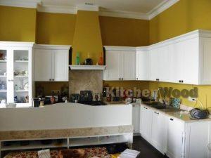 23423 300x225 - Галерея кухонь из массива