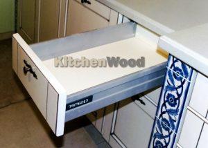 345625 300x214 - Галерея кухонь из массива