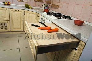 B3MG 1106 big 300x200 - Галерея кухонь из массива