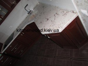 IMG 1081 300x225 - Галерея кухонь из массива