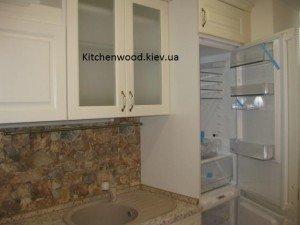 IMG 1709 300x225 - Галерея кухонь из массива