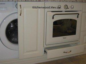 IMG 1711 300x225 - Галерея кухонь из массива