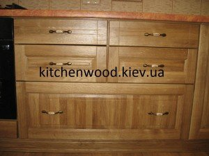 IMG 6441 300x225 - Галерея кухонь из массива