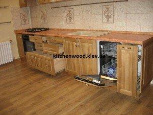 IMG 6445 300x225 - Галерея кухонь из массива
