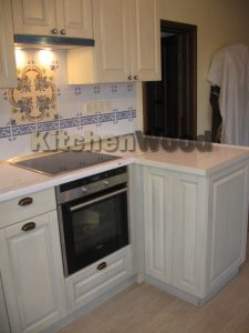 IMG 7279 225x300 - Галерея кухонь из массива