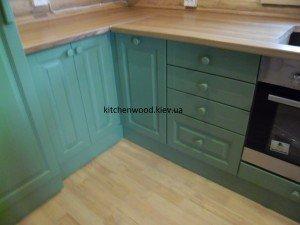 SAM 2235 300x225 - Галерея кухонь из массива