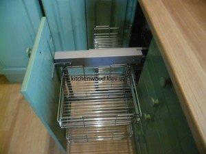 SAM 2238 300x225 - Галерея кухонь из массива