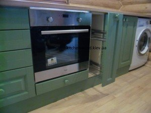 SAM 2244 300x225 - Галерея кухонь из массива