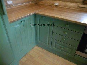 SAM 2248 300x225 - Галерея кухонь из массива