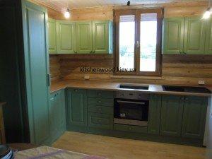 SAM 2249 300x225 - Галерея кухонь из массива