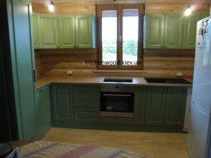 SAM 2252 300x225 - Галерея кухонь из массива