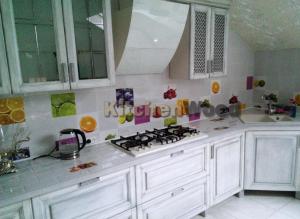 Screenshot 35 300x219 - Галерея кухонь из массива