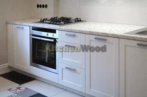 TSF PsZ4 Z0 300x199 - Галерея кухонь из массива