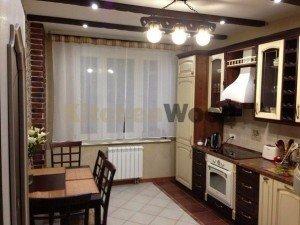 WBAdKB1XYfw 1 300x225 - Кухни из ясеня