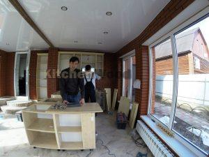 Галерея кухонь из массива