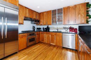 placeholder bg422 300x200 - Галерея кухонь из массива