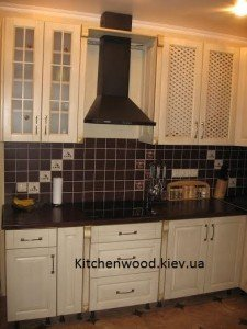 unnamed 65 225x300 - Галерея кухонь из массива