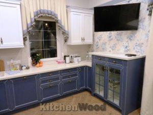 yku2 1 300x225 - Галерея кухонь из массива