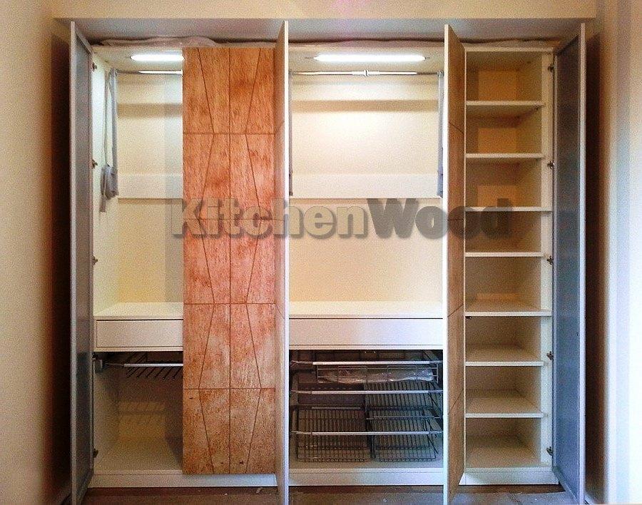Шкафы из массива дерева