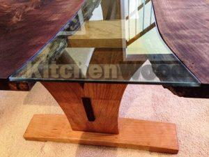 5GVZDIK0NUc 300x225 - Столы из массива дерева на заказ