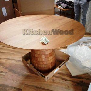 B5AHo7Tii4w 300x300 - Столы из массива дерева на заказ