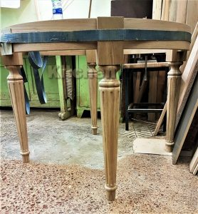 L5WpyrffJiM 278x300 - Столы из массива дерева на заказ
