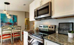 Screenshot 1 300x186 - Галерея кухонь из массива