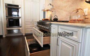 Screenshot 21 300x189 - Галерея кухонь из массива