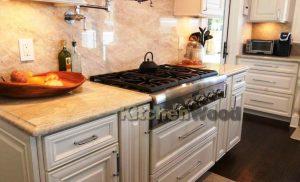 Screenshot 22 300x182 - Галерея кухонь из массива