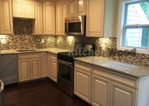 Screenshot 26 300x213 - Галерея кухонь из массива