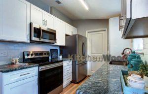 Screenshot 3 300x191 - Галерея кухонь из массива