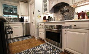 Screenshot 39 300x185 - Галерея кухонь из массива