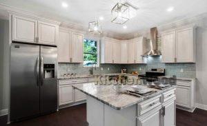 Screenshot 7 300x183 - Галерея кухонь из массива