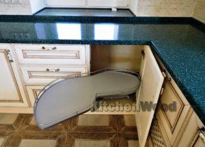 Screenshot 8 1 300x215 - Галерея кухонь из массива